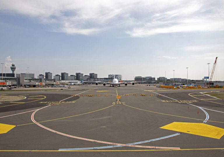 One-way traffic on the Alpha and Bravo taxiways