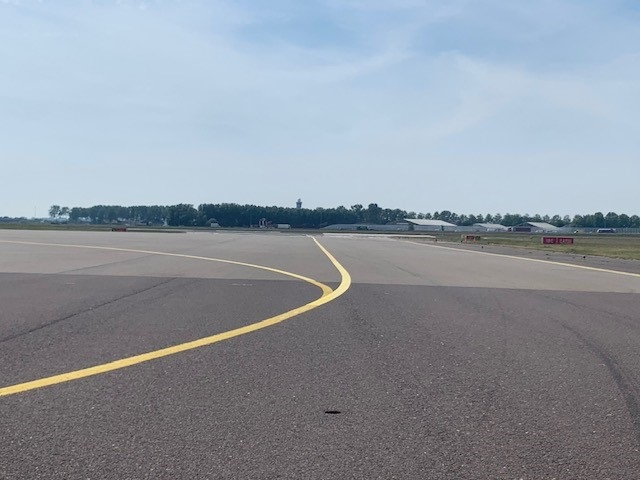 Attempted taxiway takeoff